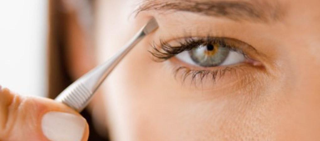 wenkbrauwen epileren ontharen van kin gezicht gelaat